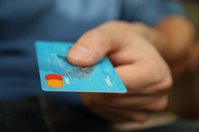 法人用カードを検討している個人事業主の方は要注意!